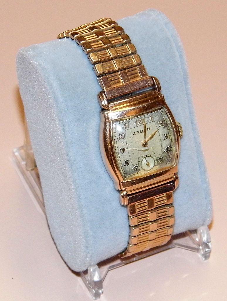 file vintage gruen manual wind men 39 s watch 17 jewels. Black Bedroom Furniture Sets. Home Design Ideas