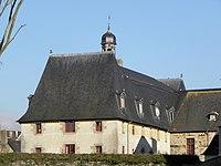 Vitré (35) Monastère Saint-Nicolas Extérieur 06.jpg