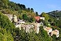 Vue du village d'Escragnolles depuis la route Napoléon (octobre 2021).jpg