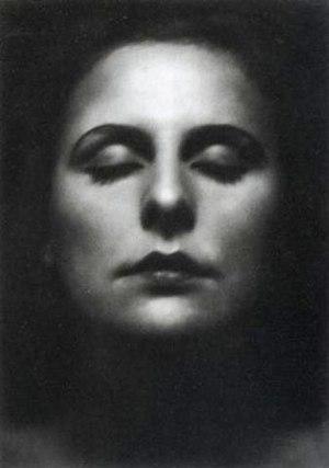 Leni Riefenstahl - Image: WP Leni Riefenstahl by Alexander Binder