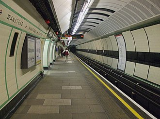 Wanstead tube station - Image: Wanstead station westbound look east