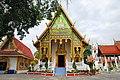 Wat Pong Sanuk (29930669566).jpg