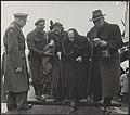 Watersnood 1953 De evacuatie van ouden van dagen uit Zierikzee Aankomst te Dor, Bestanddeelnr 059-1134.jpg