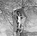 Wegkruis in de buurt van Rottach-Egern in de sneeuw, Bestanddeelnr 254-3775.jpg
