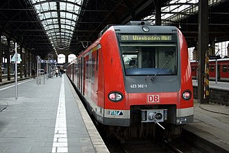 S1 (Rhine-Main S-Bahn) - S1 at Wiesbaden Central Station