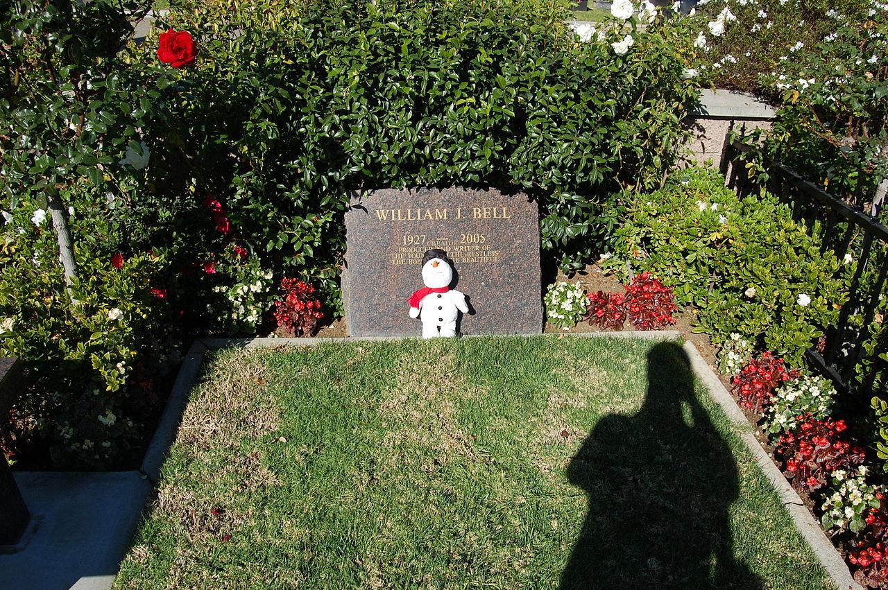 File william j bell grave at westwood village memorial for Westwood park