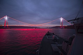 Yavuz Sultan Selim Bridge (30881432865).jpg