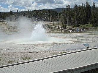 Sawmill Geyser - Image: Yellowstone sawmillgeyser 2