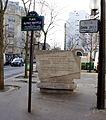 Zola monument commémoratif2.JPG