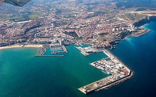(Melilla) Aterrizando en Melilla (16668390111)