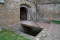Откидной мост через ров у входа в крепость Орешек.JPG