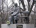 Пам'ятник Т.Г. Шевченку Чернігів.jpg