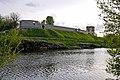 Тепер на місці замку бутафорські фортечні стіни P1210490.jpg