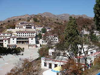 Baotou - Badekar Monastery