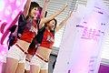 03.02 副總統出席「桃園機場捷運通車典禮」,台上舞群熱情演出 (33072904281).jpg
