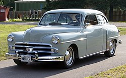 1950 Dodge Wayfarer 2-door sedan, front left.jpg