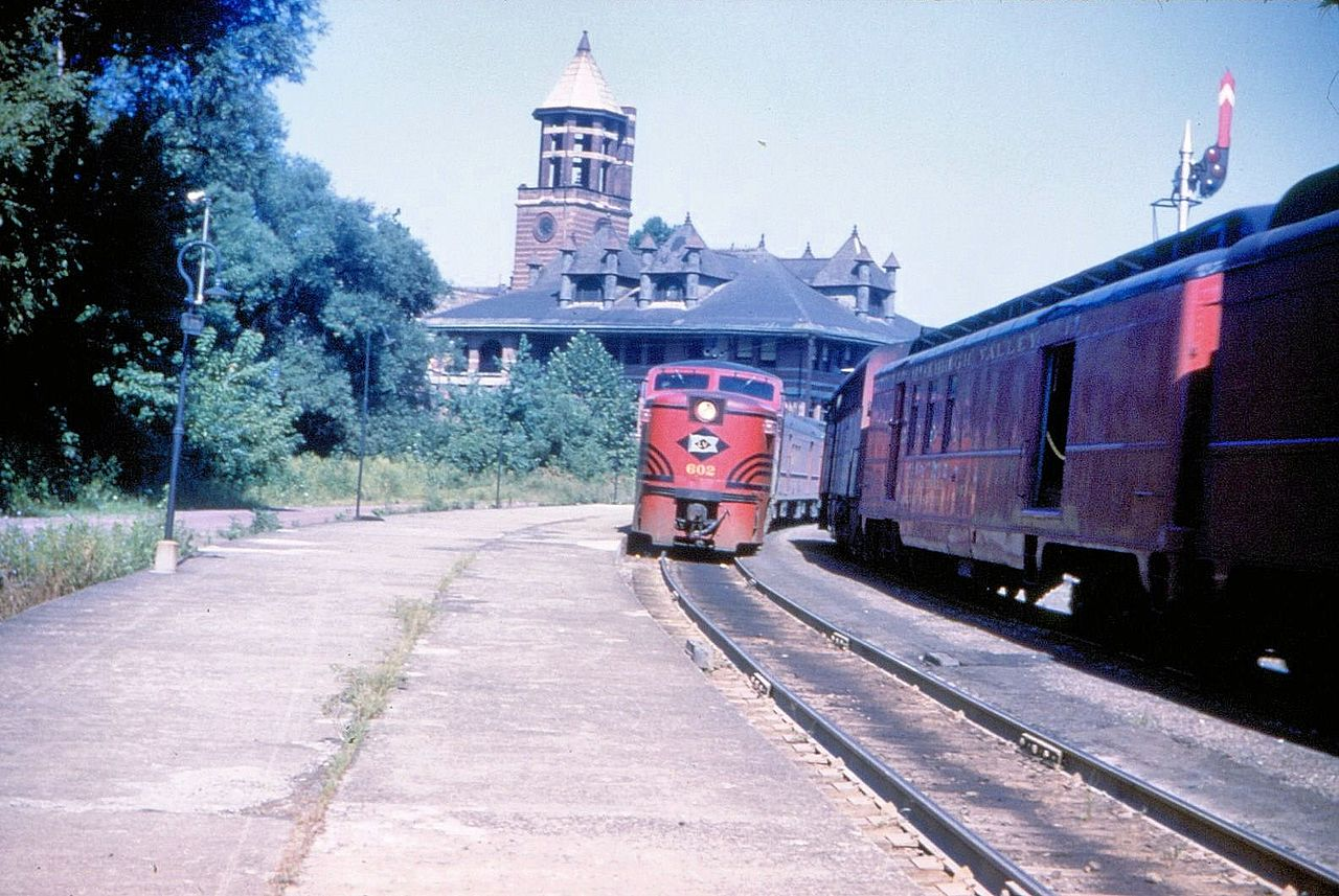 File 1954 Lehigh Valley Railroad Trains At Allentown