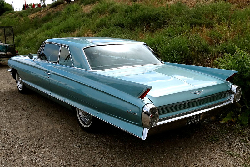 File:1962 Cadillac Coupe Deville.jpg