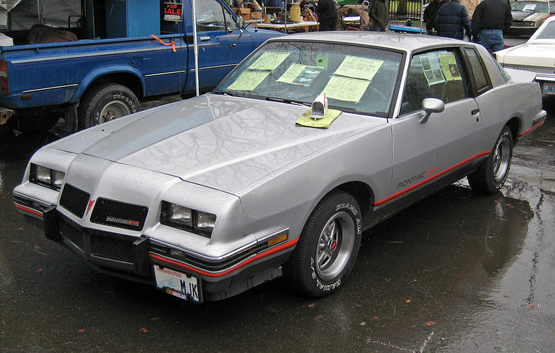 File:1986 Pontiac GP 2+2.jpg