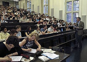 Heidelberg University Faculty of Law - A lecture at law (2004)