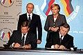 2006 Tomsk Merkel-Putin 105174.jpg