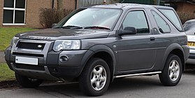 https://upload.wikimedia.org/wikipedia/commons/thumb/8/87/2007_Land_Rover_Freelander_TD_2.0_facelift_Front.jpg/280px-2007_Land_Rover_Freelander_TD_2.0_facelift_Front.jpg