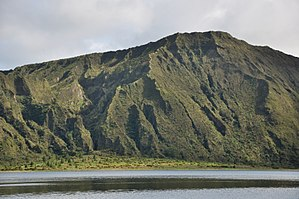 Água de Pau Massif - The view of the crater wall from the area of Lombadas