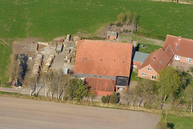 File:2013-05-03 Fotoflug Leer Papenburg DSCF7246.jpg