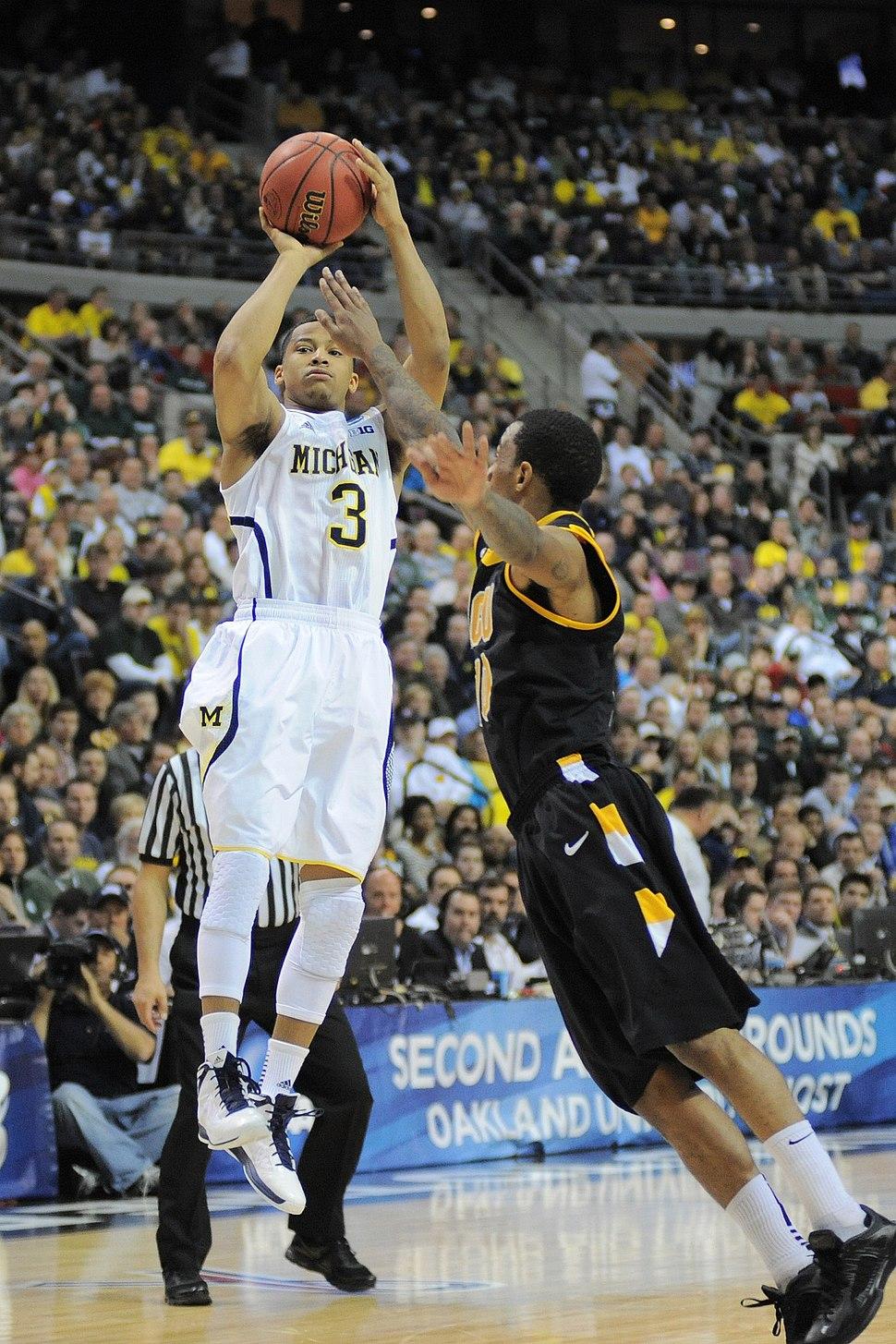 20130323 Trey Burke shooting during NCAA tournament