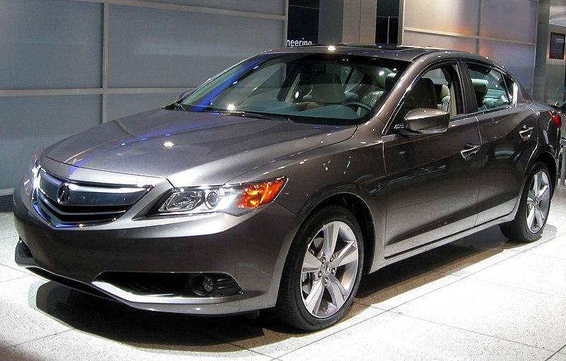 File:2013 Acura ILX -- 2012 NYIAS.JPG