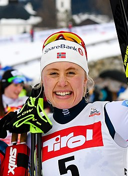 20180128 FIS NC WC Seefeld Weng Diggins and Haga cheering 850 3397 (cropped).jpg