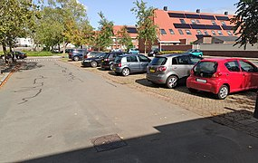 20200925-parking-unlined-perpendicular.jpg