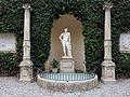 235 Can Papiol, c. Major 30-32 (Vilanova i la Geltrú), Hèrcules del jardí.jpg