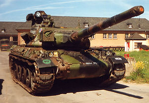 105 mm Modèle F1 - A French AMX-30B2 sporting a 105 rifled tank gun