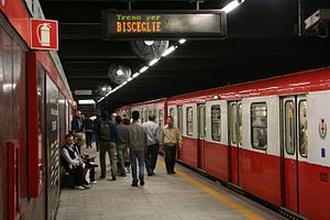 Loreto (Milan Metro) - Image: ATM Metro Line 1 Loreto (1964) with 1963 70 built train