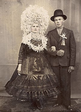 A bride and groom from Kisača.jpg
