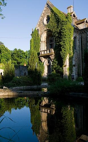 Abbaye des Vaux de Cernay - reflets.jpg