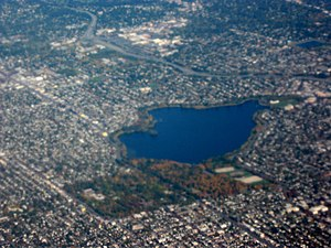 Green Lake (Seattle) - Aerial view of Green Lake from southwest, with Woodland Park at near corner.