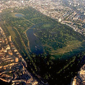 Hyde Park (in foreground) and Kensington Gardens