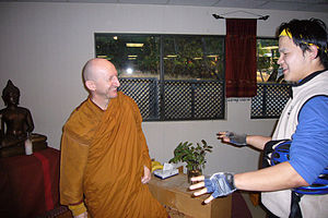 Ajahn Amaro - Ajahn Amaro in California with Franklyn, organiser of the 2007 Buddhist Bicycle Pilgrimage