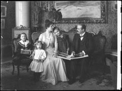 Albert Ranft and family, photo 1901 - SMV - NR011.tif