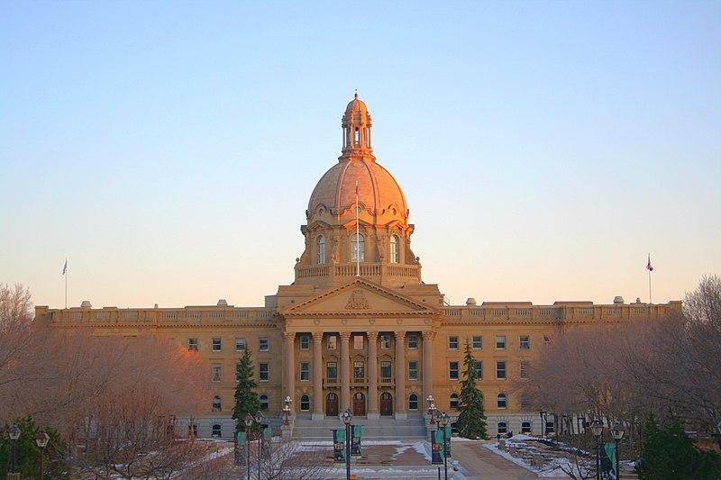 Image hotlink - 'http://upload.wikimedia.org/wikipedia/commons/thumb/8/87/Alberta-Provincial-Legislature-Building-Edmonton-Alberta-Canada-01.jpg/800px-Alberta-Provincial-Legislature-Building-Edmonton-Alberta-Canada-01.jpg'
