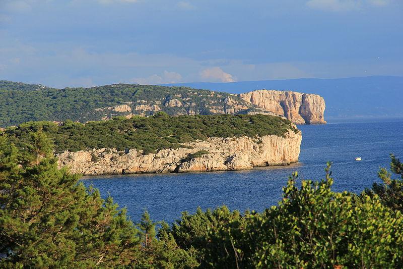 File:Alghero - Punta Giglio e capo Galera (01).JPG