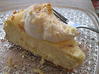 Cheesecake - Cheesecake with cream