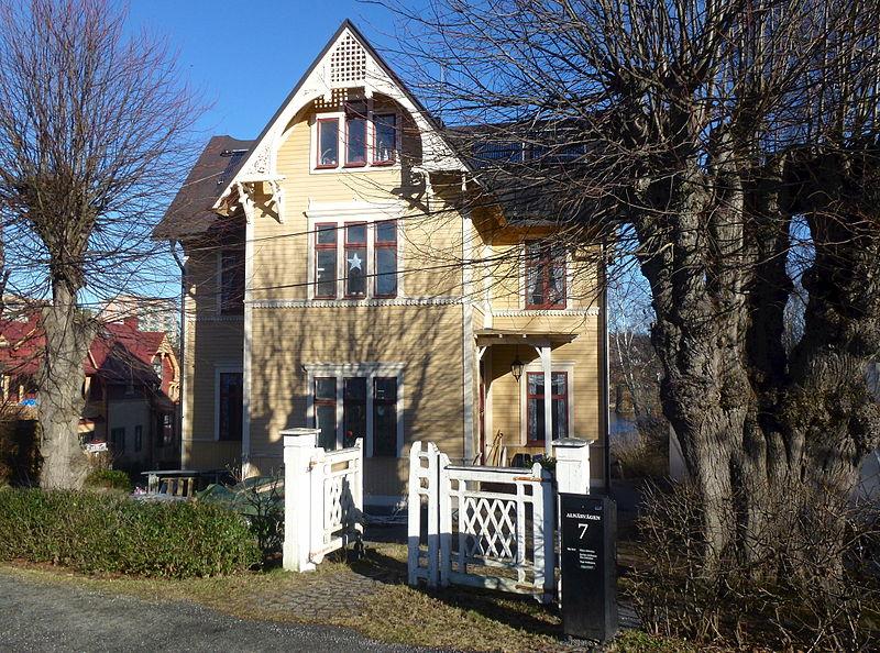 Alnäsvägen 7 Stocksund 2014a.jpg