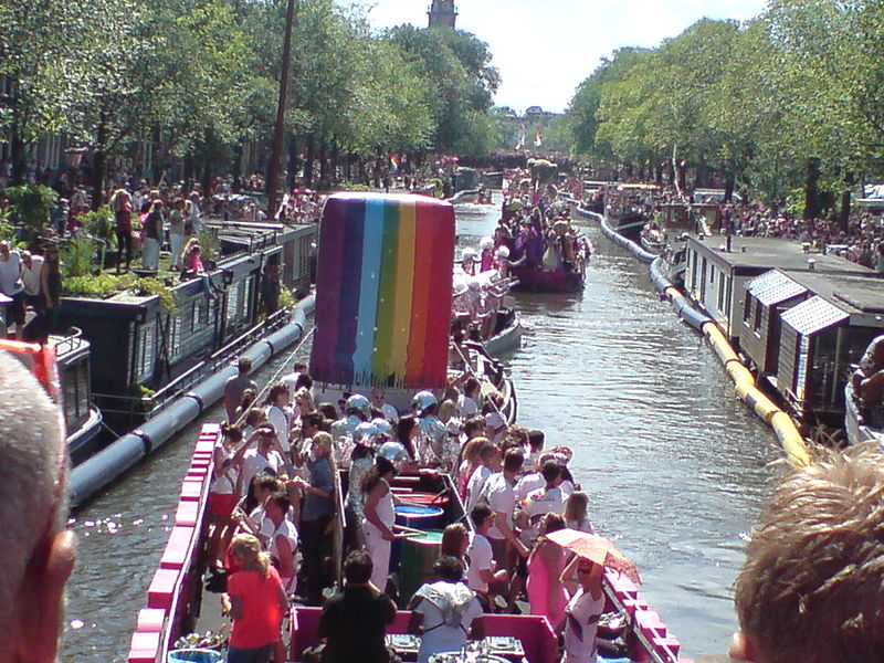File:Amsterdam Gay Pride 2013 005.jpg
