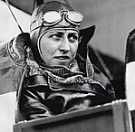 Amy Johnson 1930-06-14.jpg