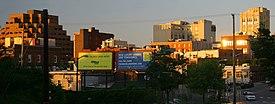 Stadt der Innenstadt bei Sonnenuntergang