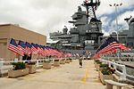 Approaching the USS Missouri (6180407548).jpg