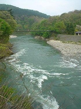 荒川 2007年5月5日撮影 鷹の巣温泉(新潟県岩船郡関川村) 水系 一級水系 荒川 北陸地方整